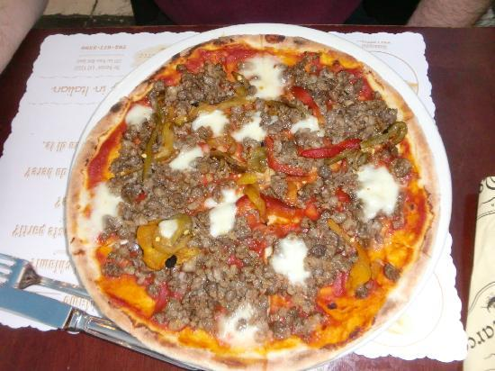 Enoteca San Marco: The sausage pizza