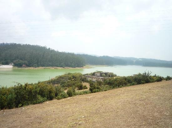 Ponmari Residencyy: OOty View