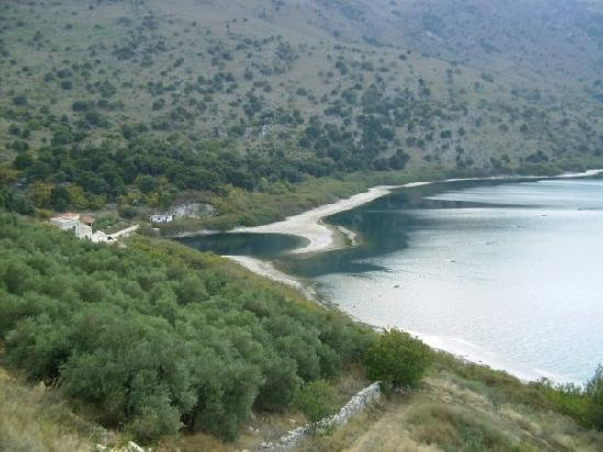 Lake Kournas: eye of the lake