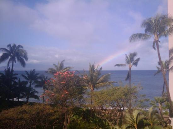 Valley Isle Resort: Easter Morning...a beautiful rainbow to wake up to!