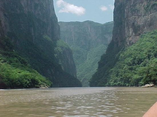 ตุซตลากูตีเอร์เรซ, เม็กซิโก: Cañón del Sumidero