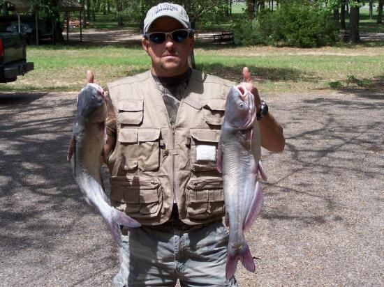 Loraine, Teksas: Corey with 2 fish back in 2006