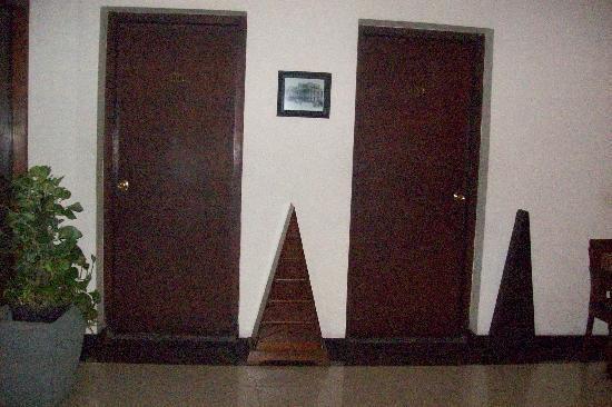Cendana Hotel: rooms