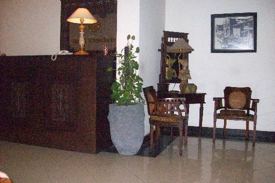 Cendana Hotel: reception