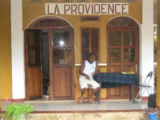 Hotel La Providence: Amadi Amada vous accueille