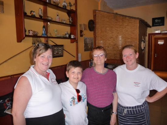 Lewis and the WONDERFUL ladies of the Jolly Roger in Cala D'Or!