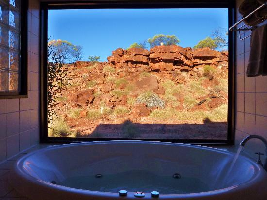 Kings Canyon Resort: la baignoire jacuzzi