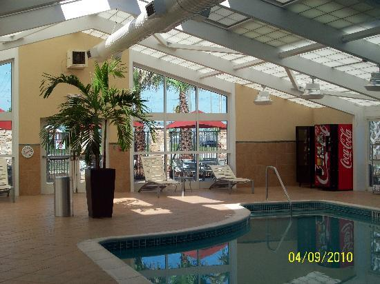 Holiday Inn Gulfport/Airport: pool