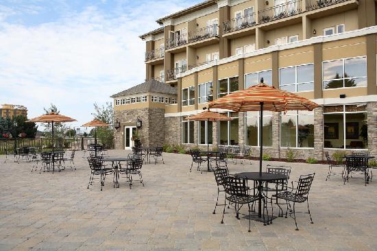 Hilton Garden Inn Idaho Falls: River terrace