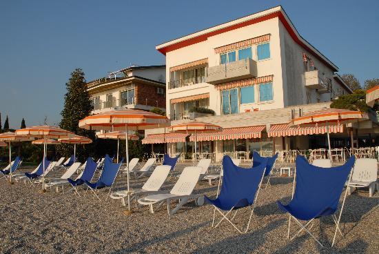 Hotel Du Lac: spiaggia
