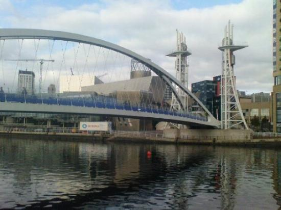 Salford, UK : Lowry Bridge