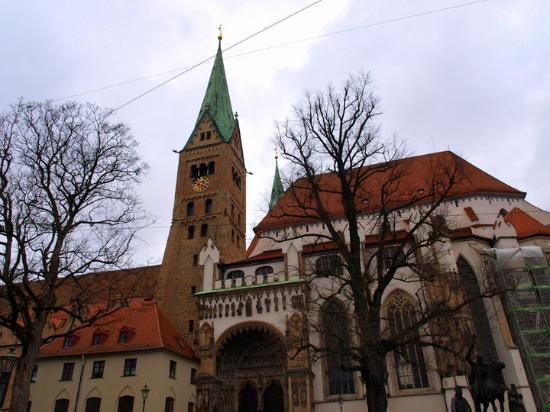 Аугсбург, Германия: Augsbourg Church at morning ...