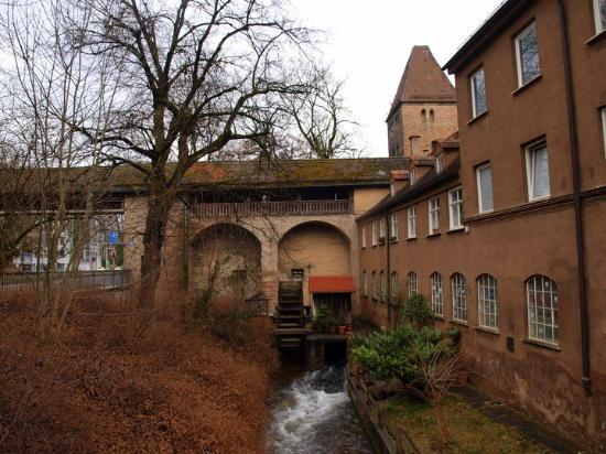 Аугсбург, Германия: Water gate in Augsbourg