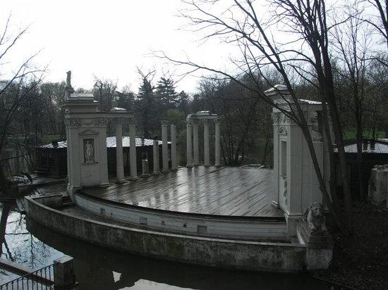 Amphitheatre - Lazienki Park