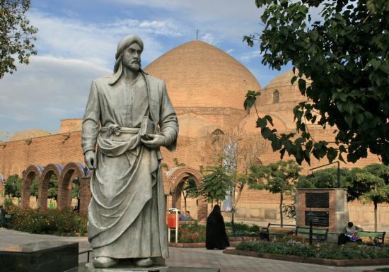 Day 36e Tabriz 36 Khaqani Park, Shivani Khaqani Statue