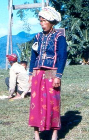 Davao City, Filipinas: T'boli woman