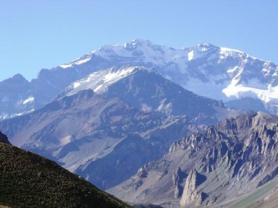 Parque Provincial Aconcagua: Acá está, el Cerro Aconcagua, el más alto de América