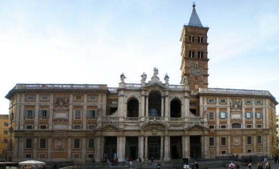 Basilica di Santa Maria Maggiore: Santa Maria Maggiore Cathedral taken from the piazza of the same name.