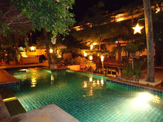 Phra Nang Inn : main swimming pool