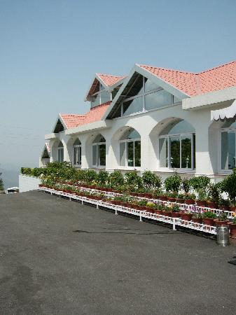 Club Mahindra Kandaghat: The reception