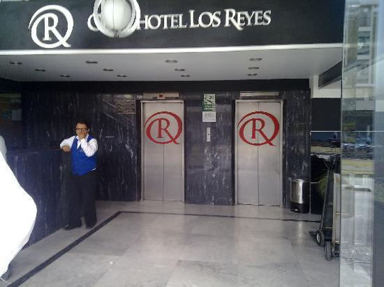 Plaza Los Reyes : lobby del hotel