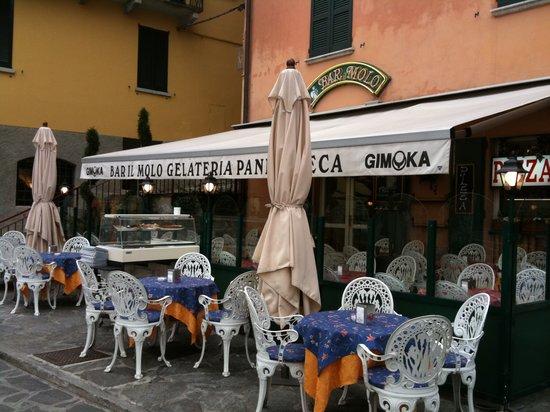 Entrance to Bar Il Molo