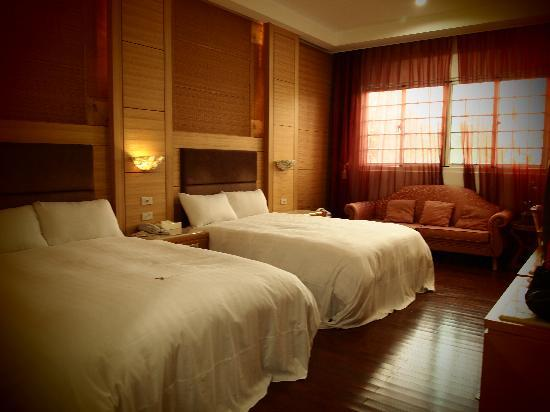 Jun Yue Hanging Garden Resort: Room - Interior