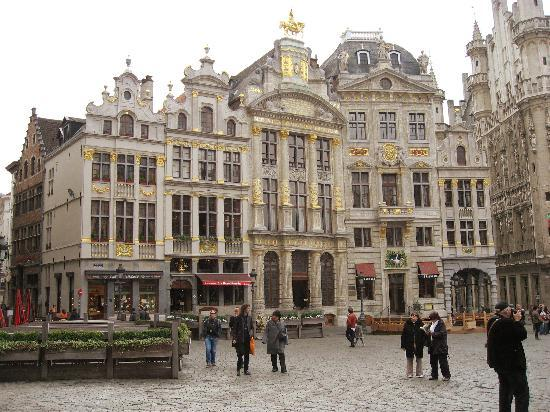 Hotel Manos Stéphanie: Grand Place, Brussels (2)