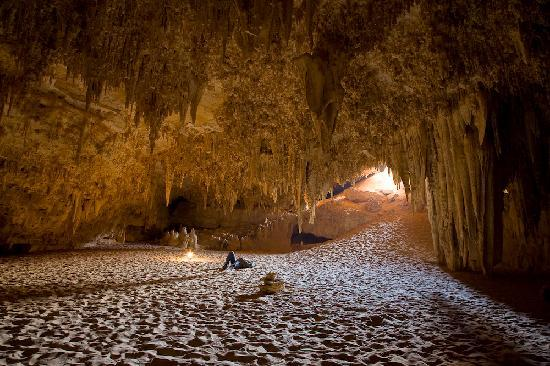 White Desert National Park: Djarra caves