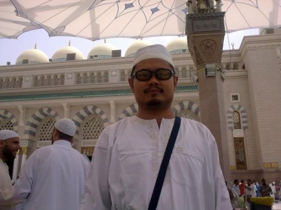 Μεδίνα, Σαουδική Αραβία: In front of Masjidil Nabawi Madinah An Munawwarah