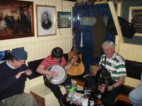 Irish Trad Session in Killarney