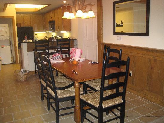Holiday Inn Club Vacations Smoky Mountain Resort: dining area