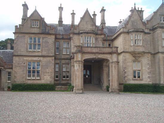 Woodlands Bed & Breakfast: Muckross House