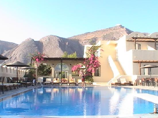 Thera Mare Hotel: pool area