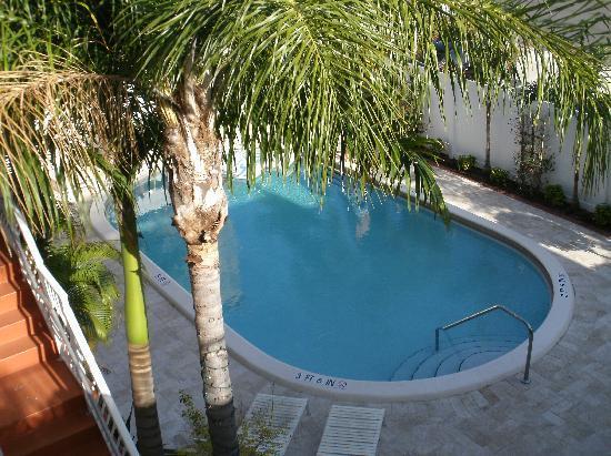 Granada Inn : Pool
