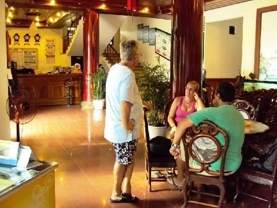 Hai Au Hotel : Chatted to other travellers in the foyer