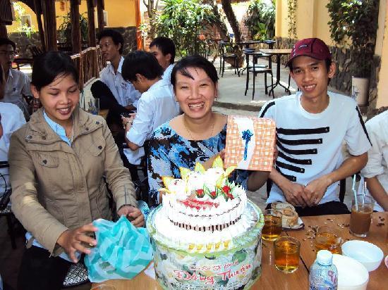 Hai Au Hotel : Ann's birthday cake