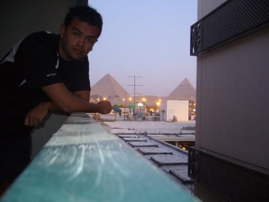 Mercure Cairo Le Sphinx: Recien llegado, desde el balconcito del hote...
