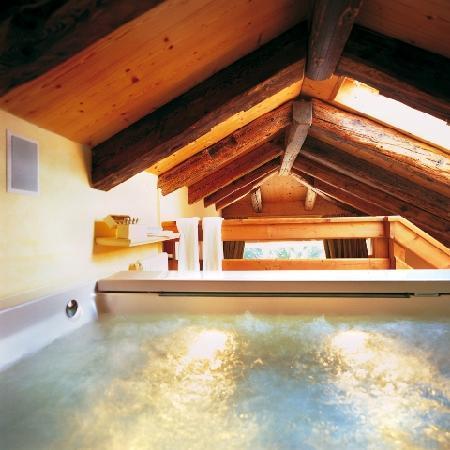 Villa Orso Grigio: Junior Suite Monos Attica