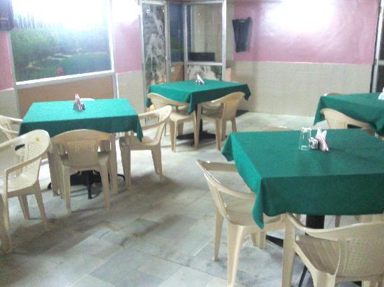 Hotel Aditya : restaurant