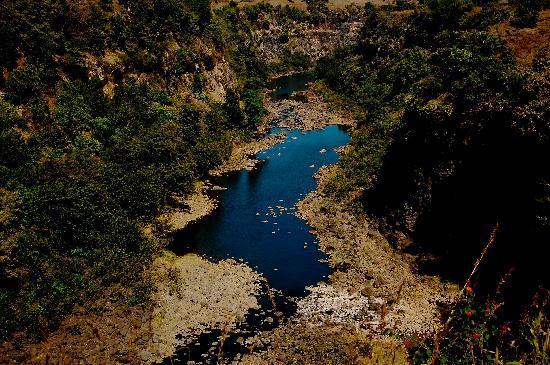 Bhandardara, الهند: Near Randha Falls