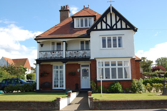 West Runton, UK: Lovingly Restored Victorian Guest House