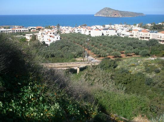 Porto Platanias Beach Resort & Spa : utsikt från restaurang Astrea Old village Platanias mkt trevlig restaurang fråga efter Gorgen