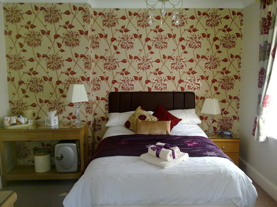 Bentley Lodge: The beautifully spotless double bed