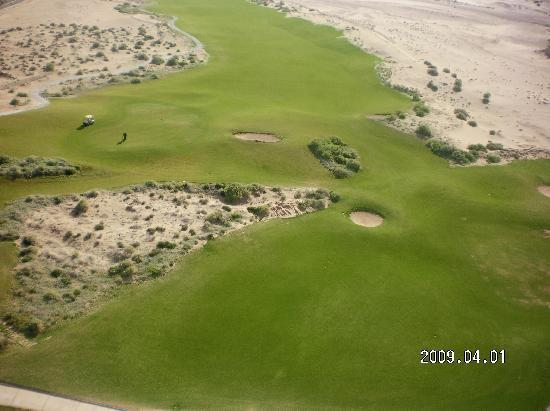 """Las Palomas Beach & Golf Resort: ahi esta su campo de golf"""""""""""" que feo"""""""""""""""