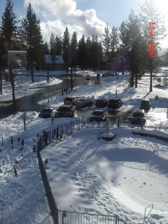 Hampton Inn & Suites Tahoe-Truckee: parking lot