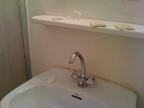 Hotel Azur Riviera: In the bathroom