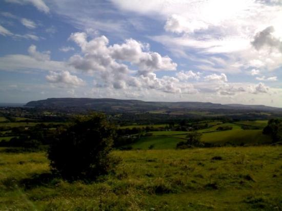 Isla de Wight, UK: Ahh, the green, green hills of England...
