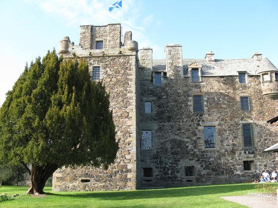 Elcho Castle: exterior