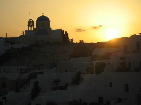 Alexander's Boutique Hotel of Oia: Our last nite...sunset from the Imperial Suite balcony